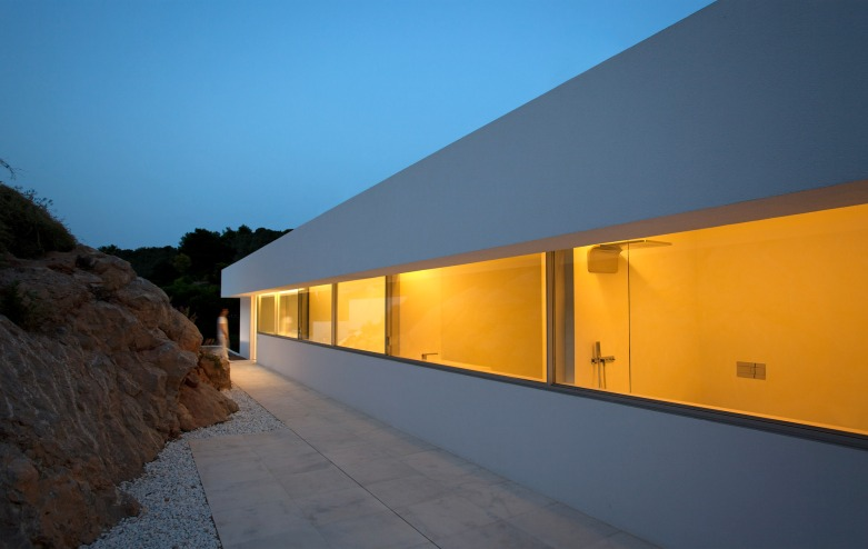 16fran silvestre arquitectos - House on the Cliff