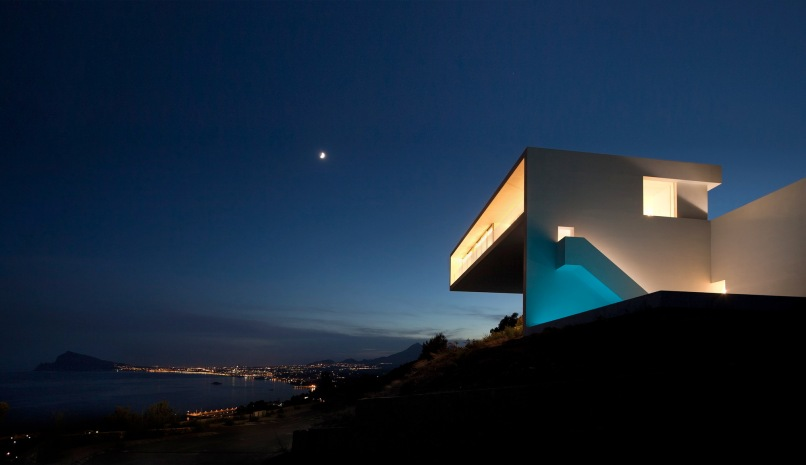 18fran silvestre arquitectos - House on the Cliff