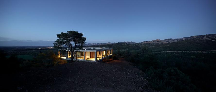 1pezo von ellrichshausen Architects - solo house casa pezo