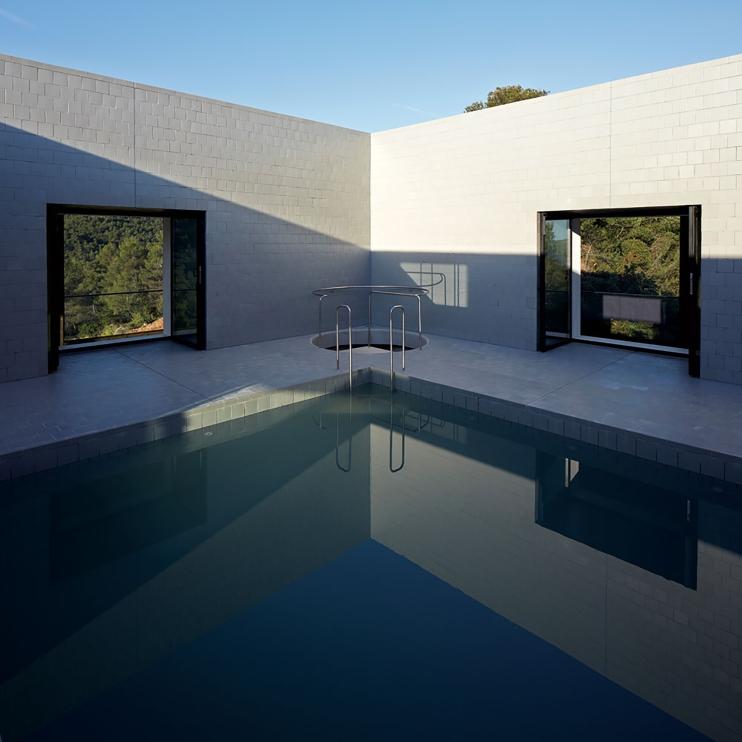 6pezo von ellrichshausen Architects - solo house casa pezo