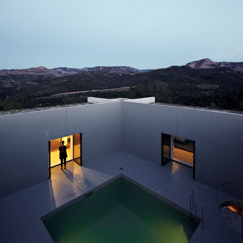 7pezo von ellrichshausen Architects - solo house casa pezo
